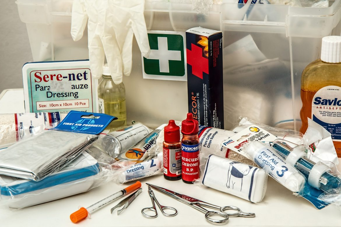 first-aid-908591_1920